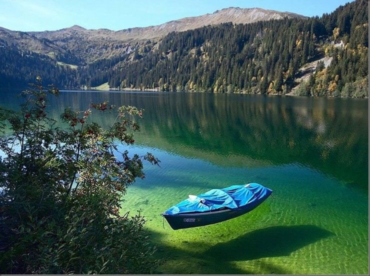 clearest lake in the world - meme