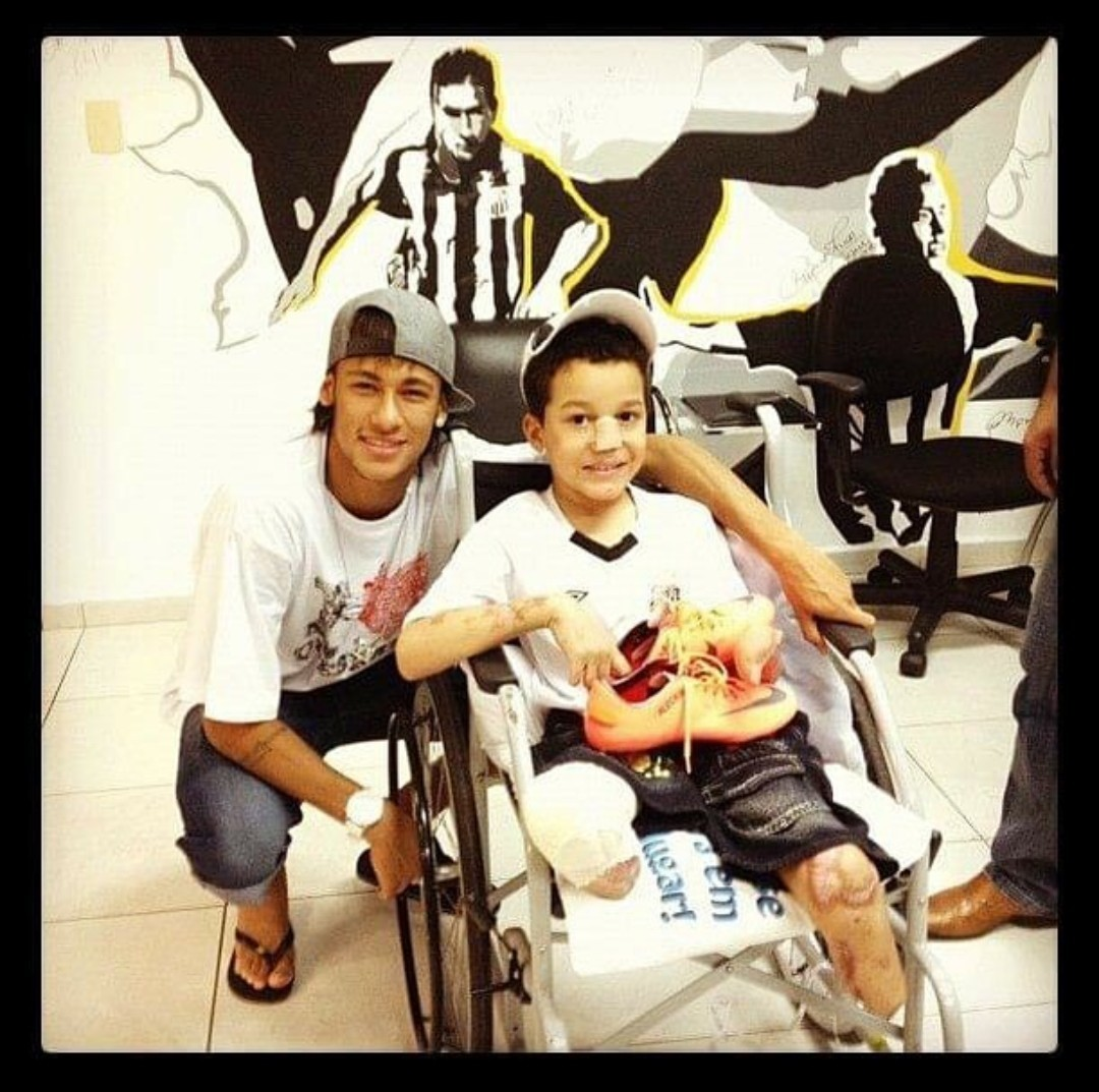 Les dará buen uso, Neymar - meme