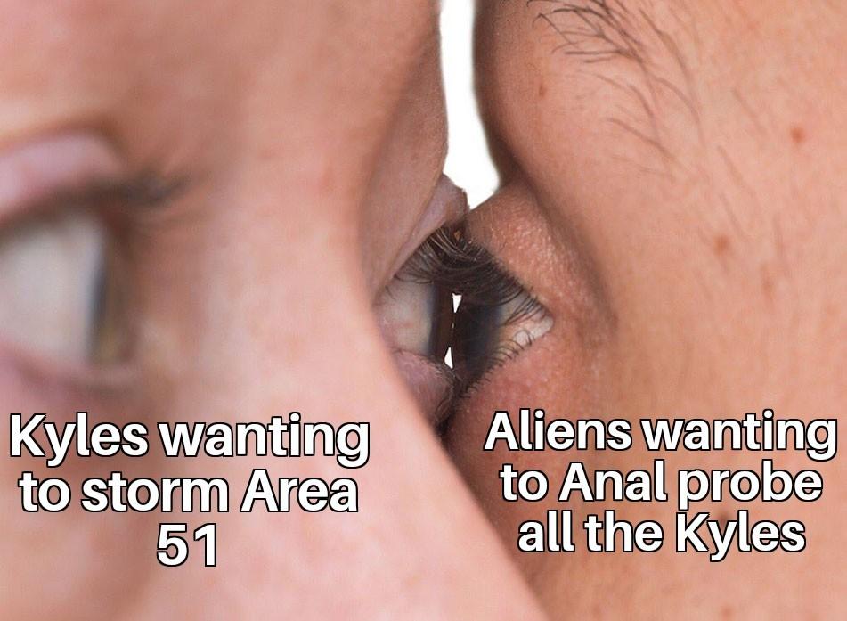 Kyles & Aliens - meme