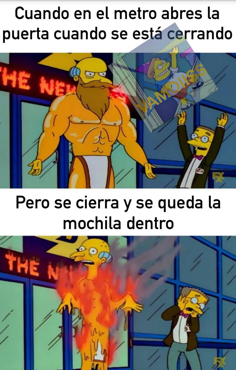 TRANSPORTE PÚBLICO - meme
