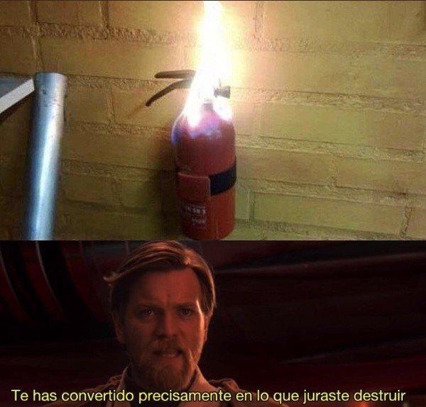 Creo que no es repost el extintor me lo encontré en redes sociales - meme