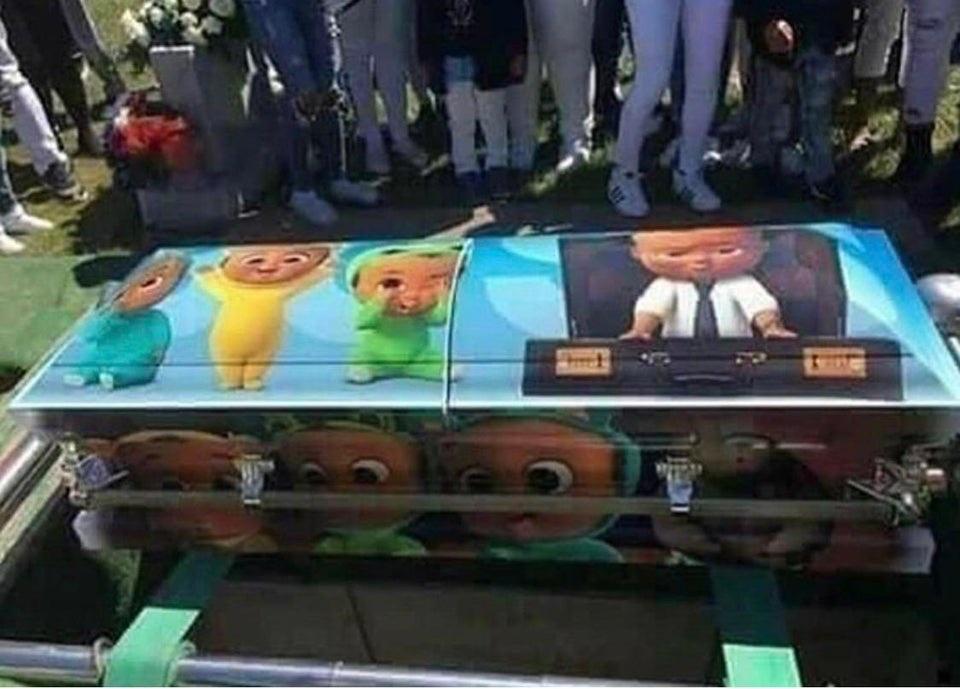 Memes boss coffin
