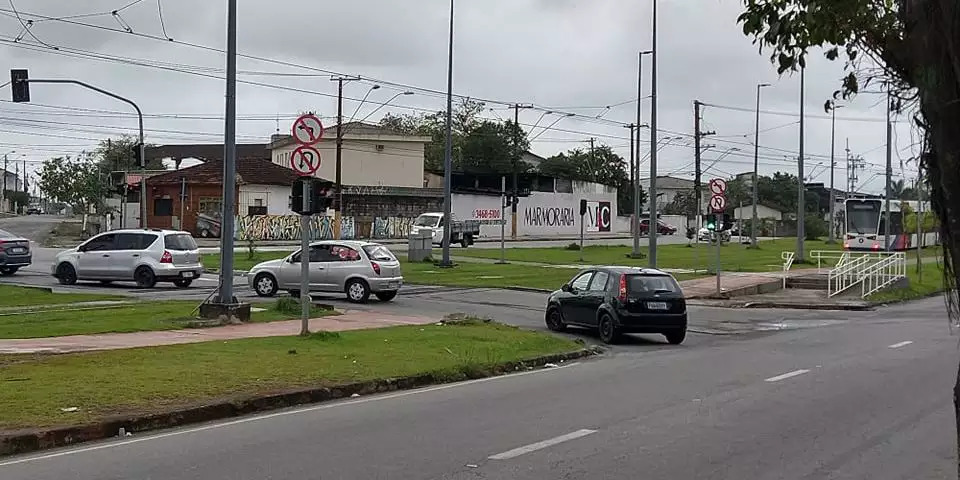 Isso representa mais o Brasil que futebol e samba - meme