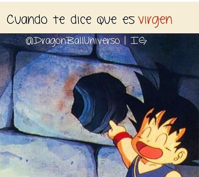 Goku es un loquilllo - meme