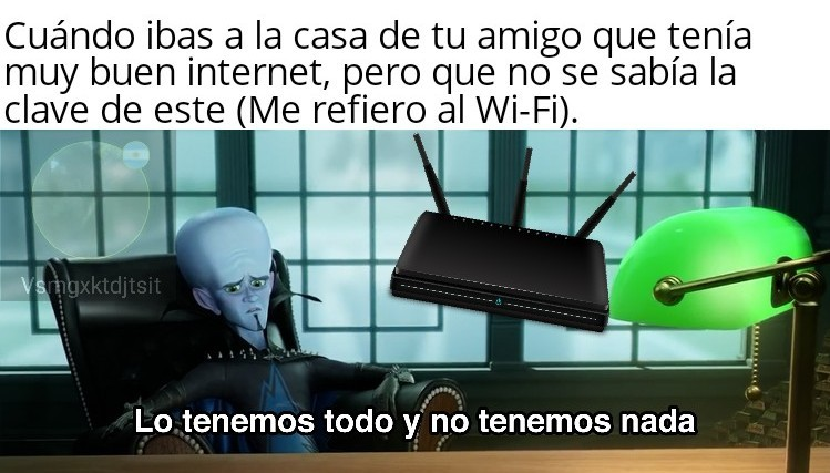 El aparato que está abajo es un módem Wi-Fi. - meme
