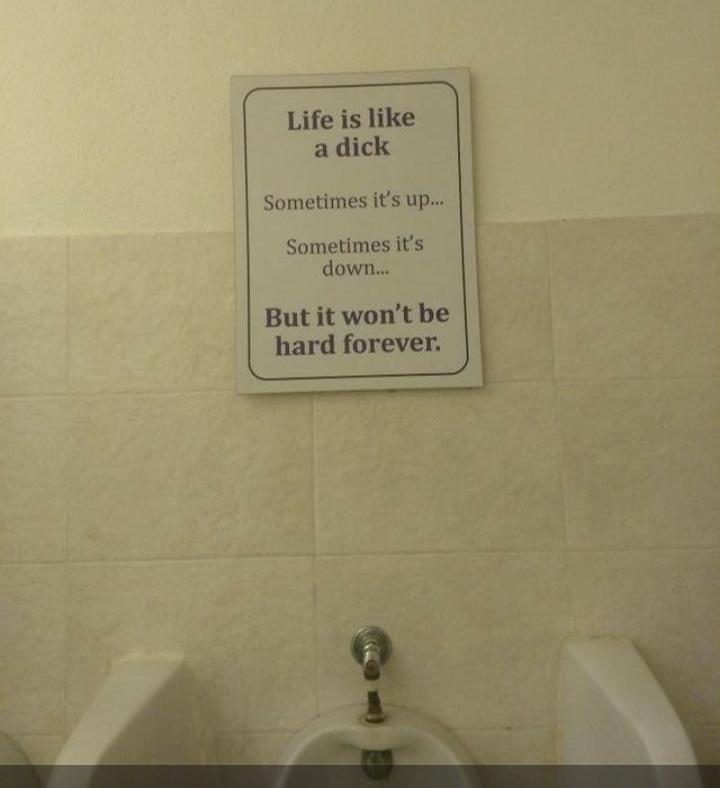 A vida é como um pau, as vezes p cima, as vezes p baixo, mas n é dura p sempre - meme