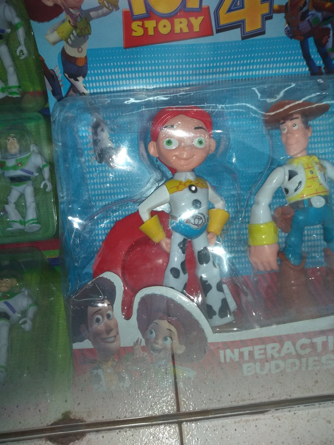 Está foto la saque yo en una jugueteria de cba - meme