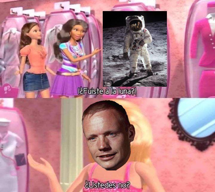 Neil Armstrong fue unastronauta estadounidensey el primerser humanoen pisar laLuna. - meme