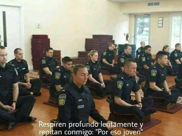 Cop - meme