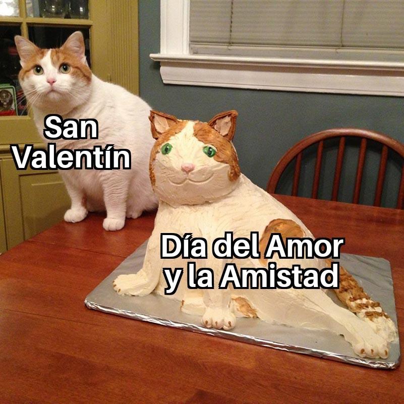 """Versión pirata o como decimos en Colombia """"Chiviada"""" - meme"""