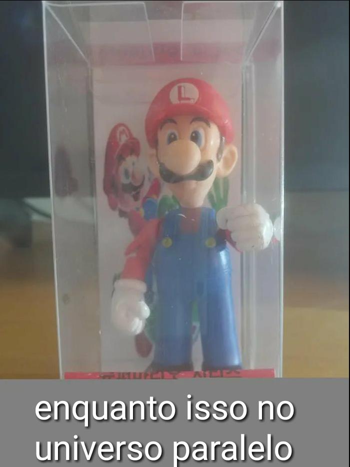 Tem o Luigi vermelho - meme