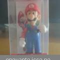 Tem o Luigi vermelho
