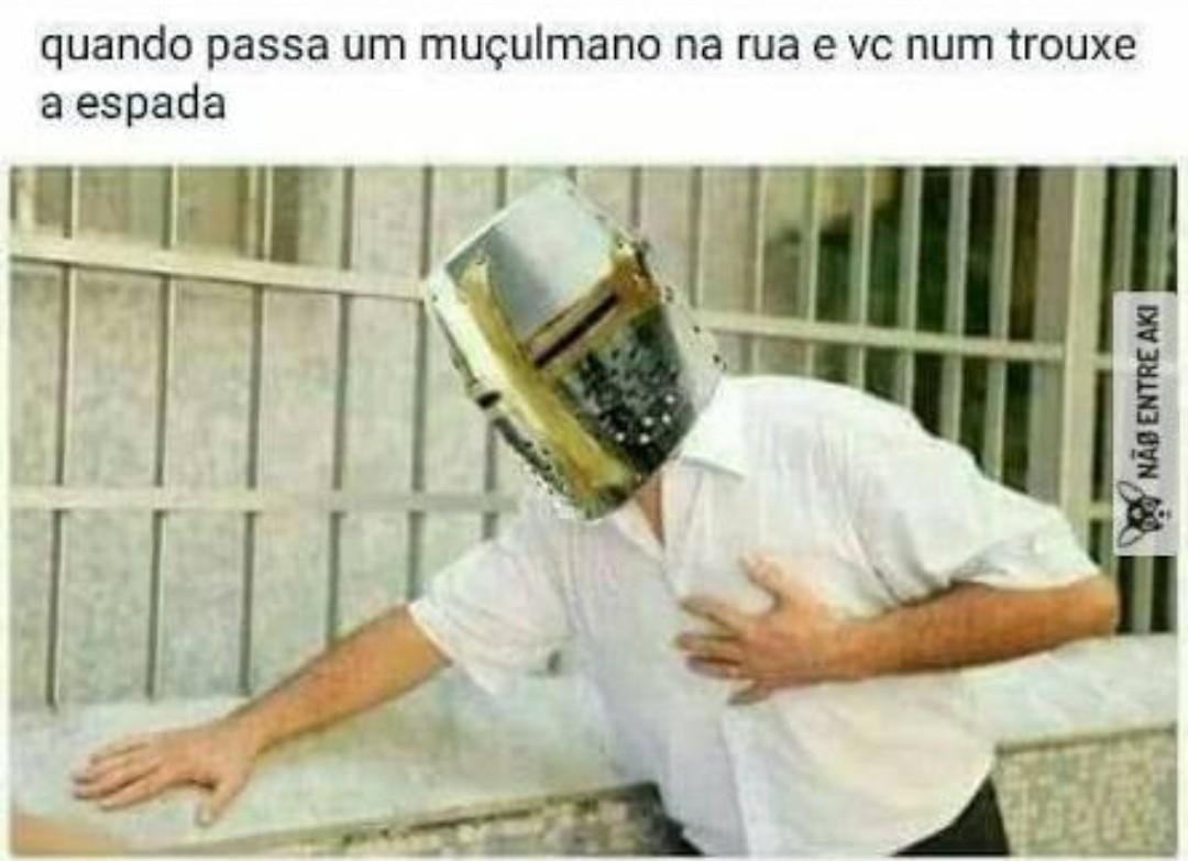 DEUS VULT! - meme
