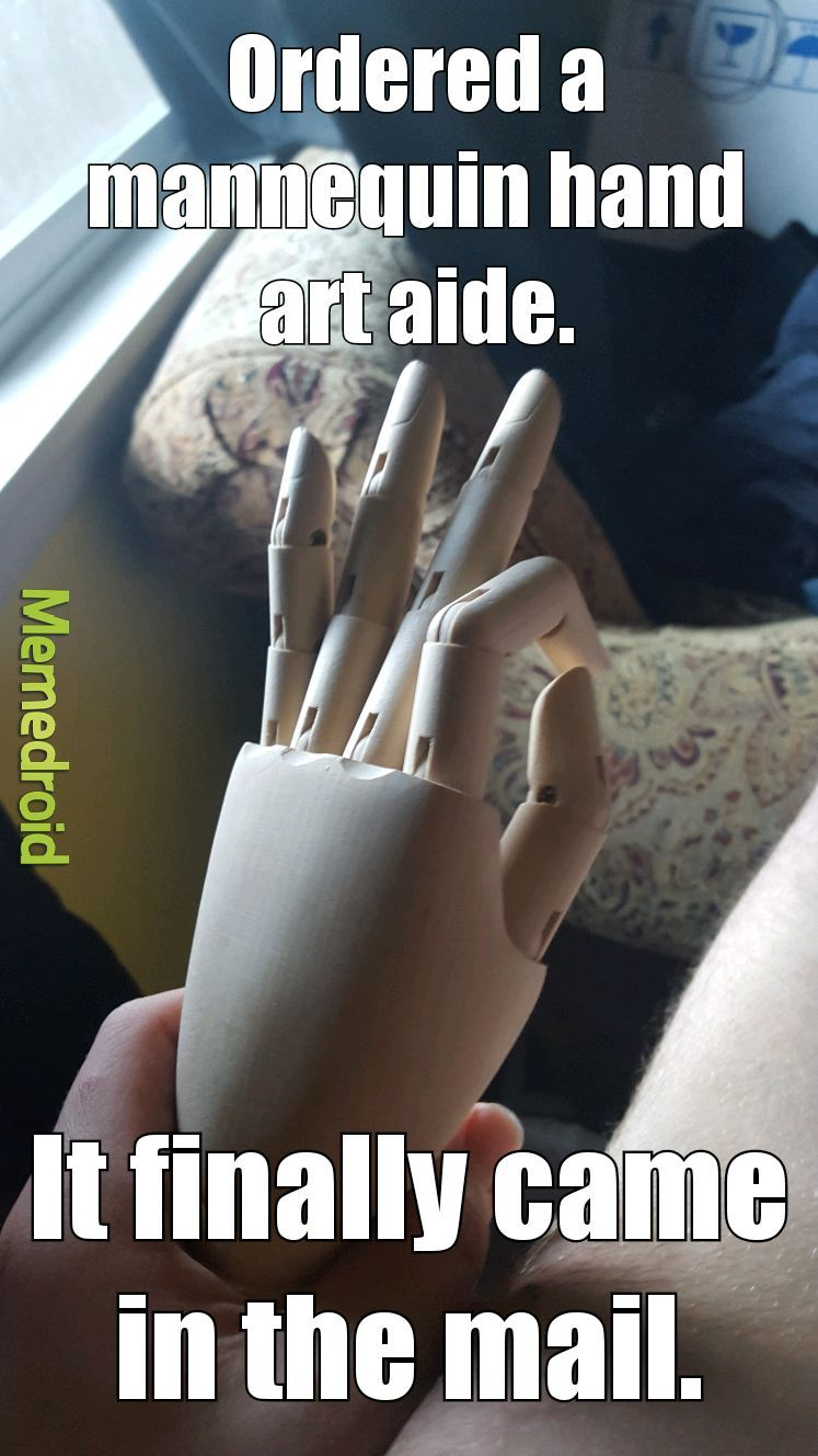 It's hinges are difficult to maneuver. The thumb only goes in a single direction. - meme