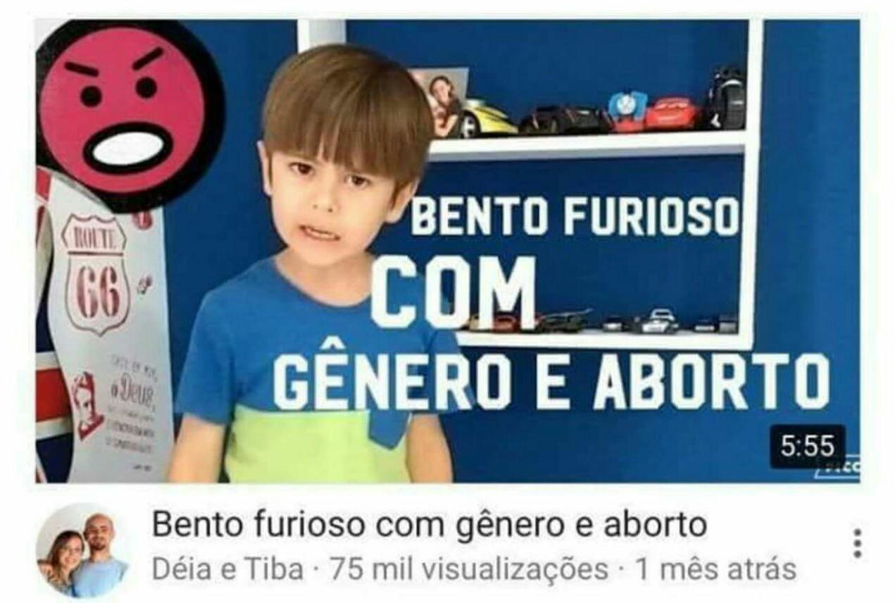 "Da série "" Pq o Brasil n vai pra frente"" - meme"