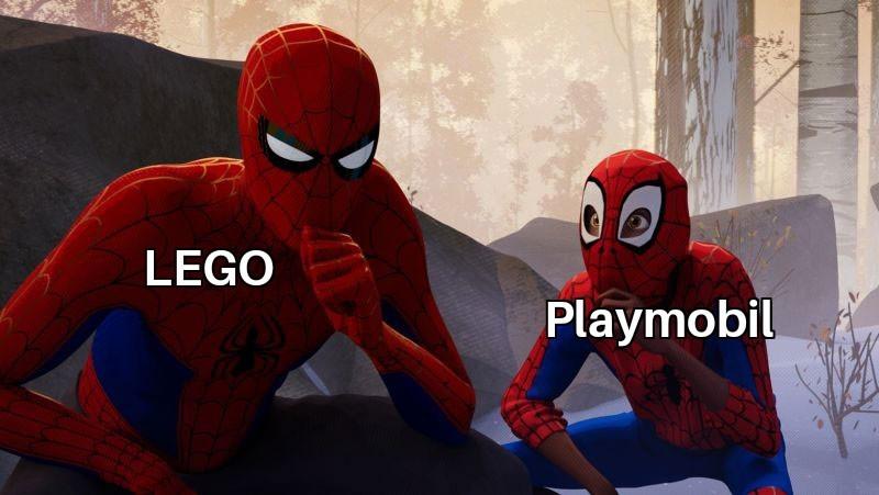 I Playmobil vanno odiati! Metti like se sei con me! - meme