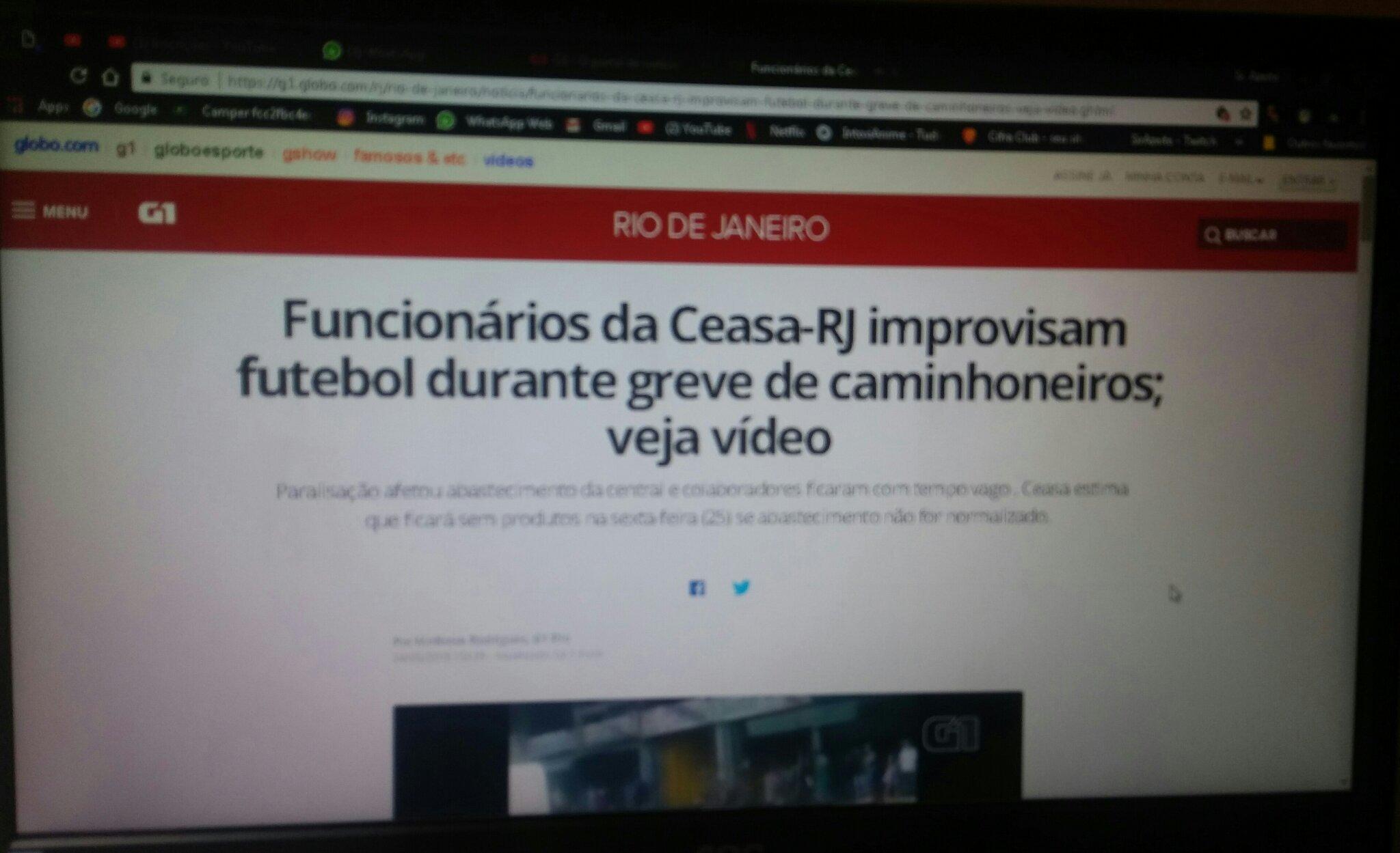 Brasileiro é um bicho cara de pau - meme