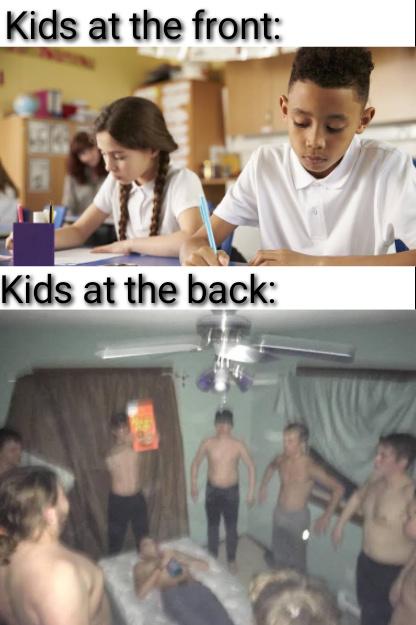 """""""crianças a frente"""" """"crianças atraz"""" - meme"""