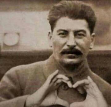 Vous voyez il vous aime - meme