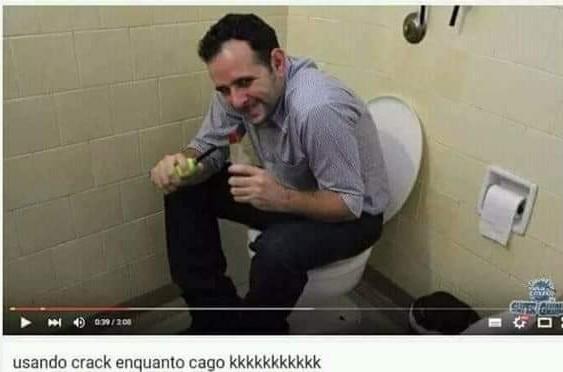 C r a k u d o - meme