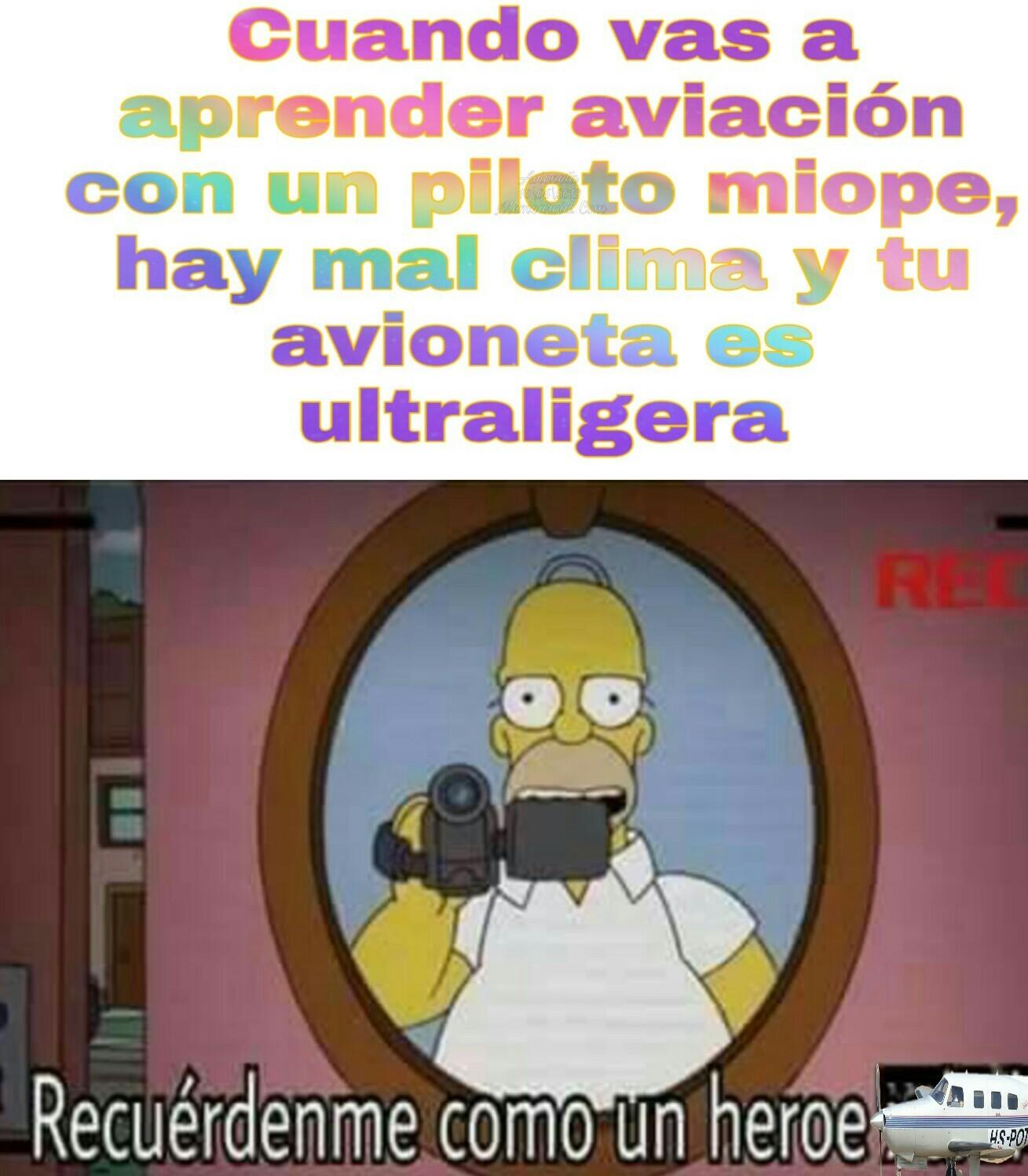 A las avionetas ultraligeras no las controlan por radar como a las demás, una razón mas para morir - meme