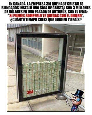 En el mio lo roban mientras ponen el dinero ahí :'v - meme