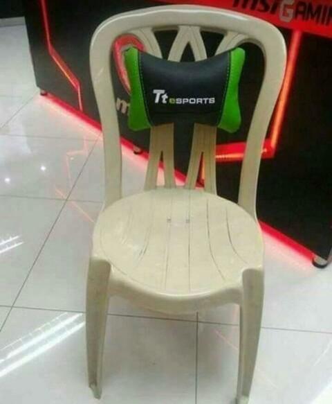 A que no aceptan esta silla Gamer - meme