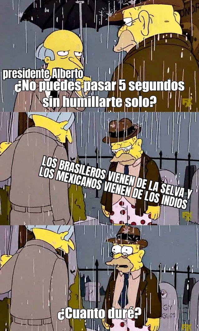 Alberto Fernández humillandose - meme