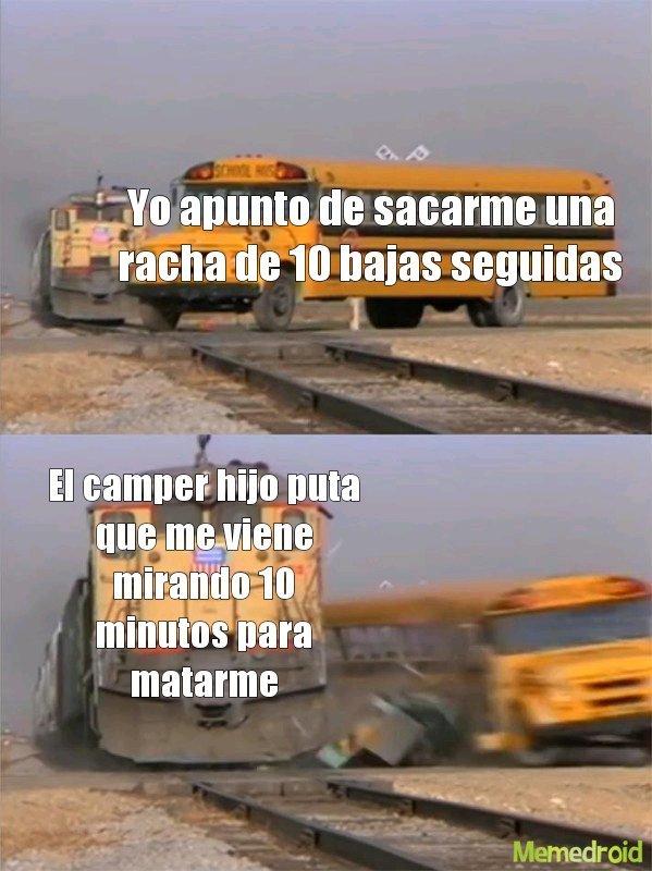 Momo muy gamer  - meme
