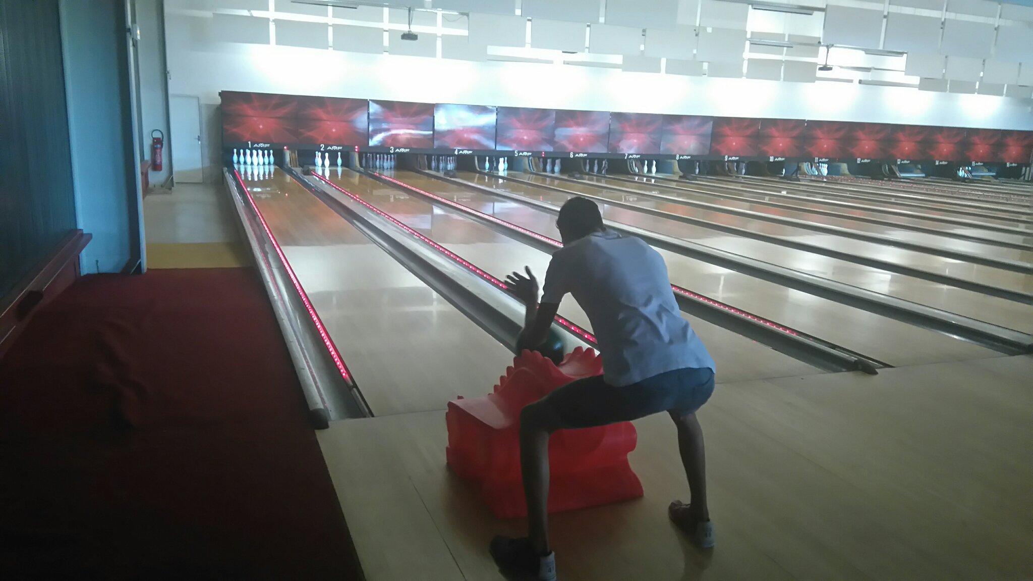 Le bowling c'est drôle - meme
