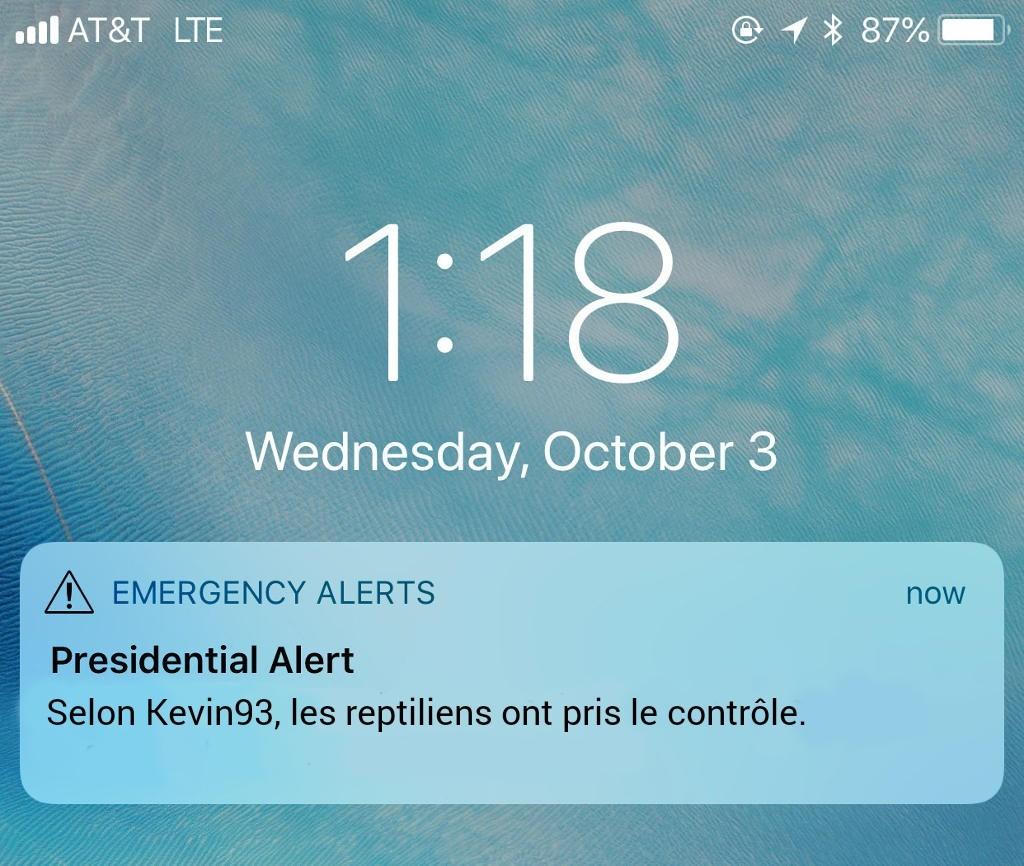 Complot - meme