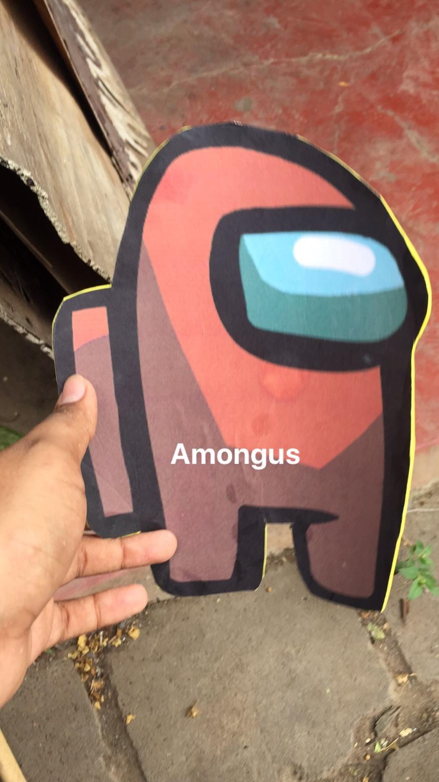 momento amongolos latinoamericano - meme