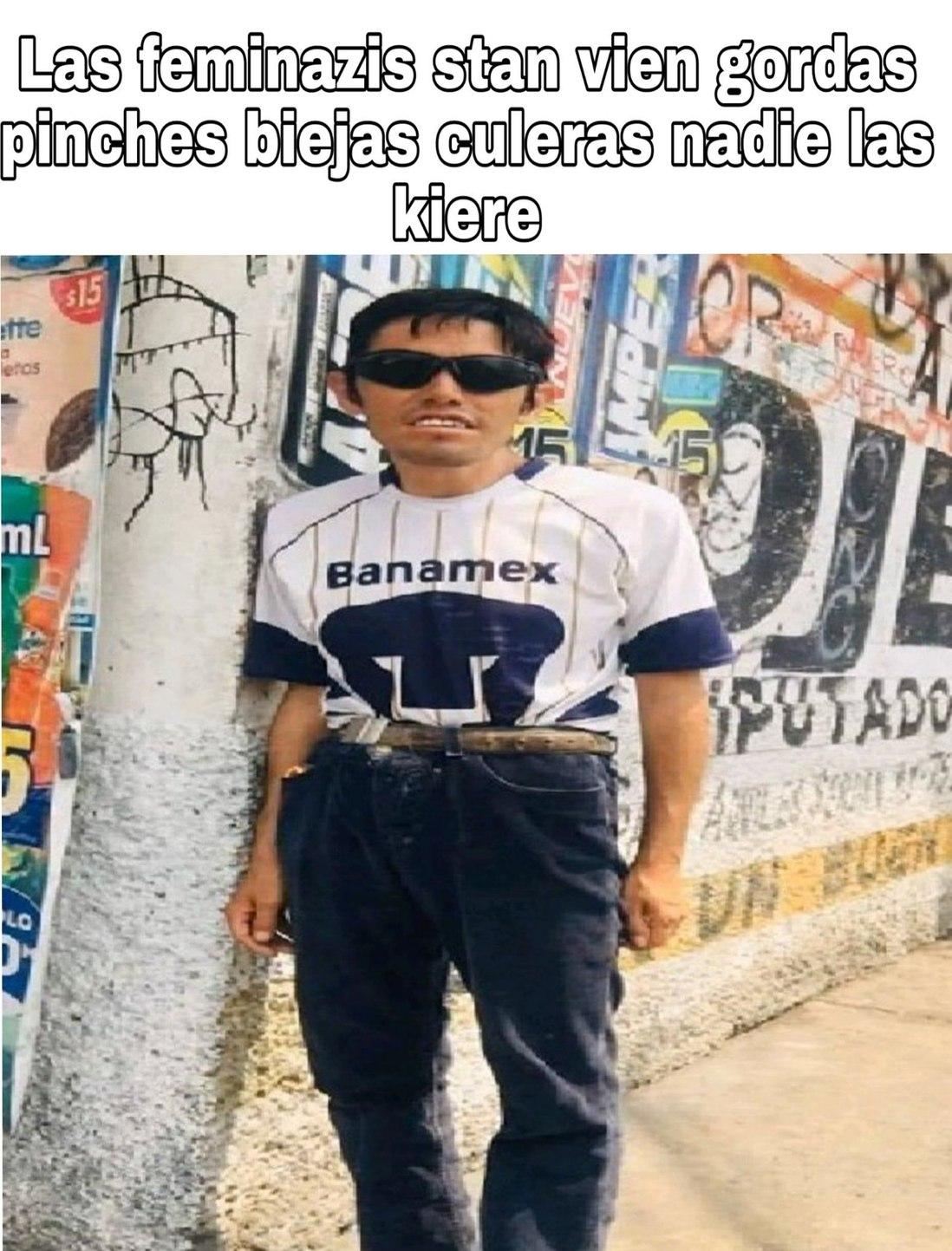 Vaato urgido promedio - meme