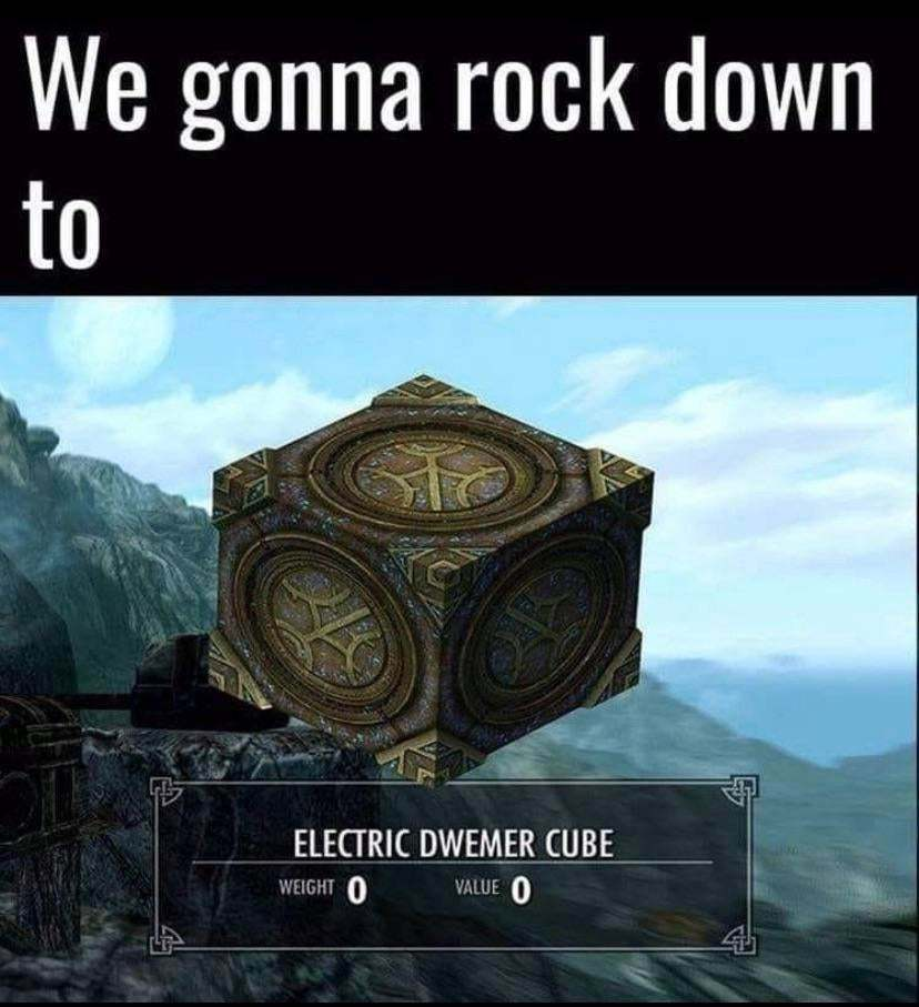 Skyrim is my true lover, together for almost 10 years - meme