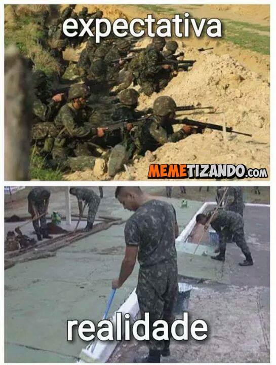 Quando se é recruta/soldado/aspirante... - meme