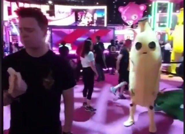 título está comendo bananas - meme