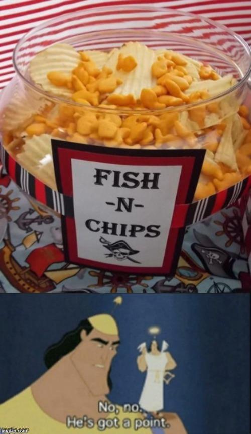 FIIISSSHHH AND CHIPSSS - meme