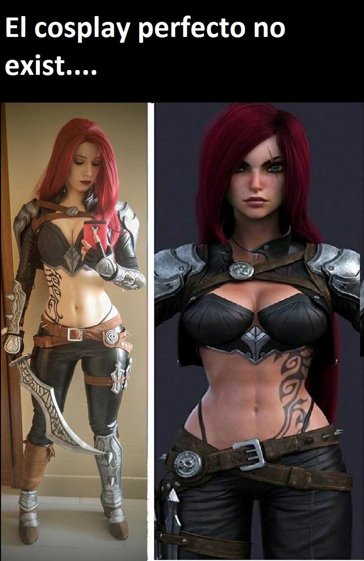El cosplay prefecto hecho por la mujer perfecta - meme