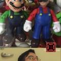 Mario verde y Mario verde rojo