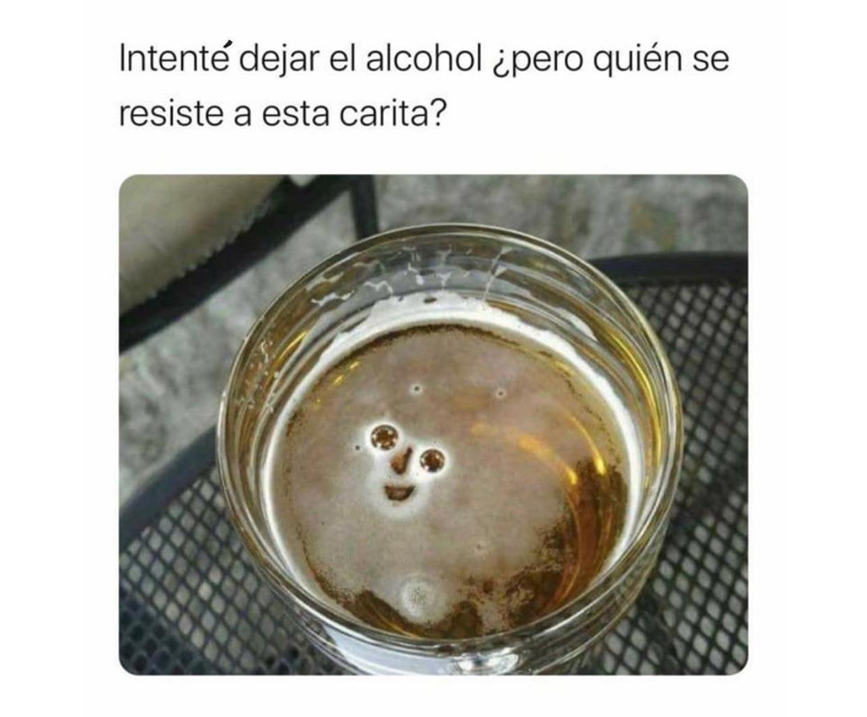 el titulo se fue a beber una cerveza - meme