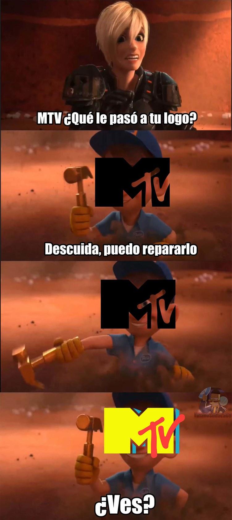 Menos mal que los de MTV se dieron cuenta al toque y cambiaron ese feo logo por uno mucho mejor (más companias deberían seguir su ejemplo) - meme