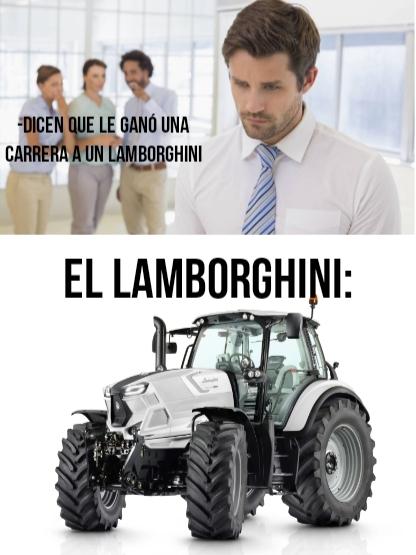 Contexto: la compañía originalmente producía tractores, luego empezaron a producir super autos, pero en la actualidad siguen haciendo tractores. - meme