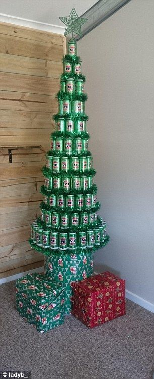 Merry Christmas from Australia, here's a very aussie tree - meme