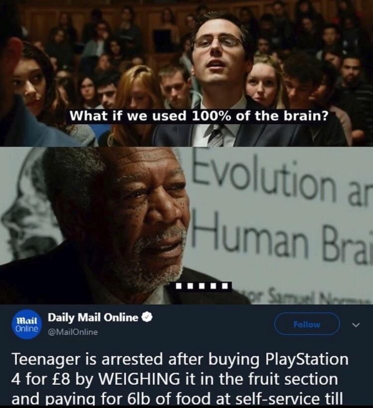 PS4 > XBox - meme
