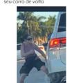 Pedestre do GTA tentando roubar seu carro de volta
