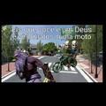 Kratos na moto