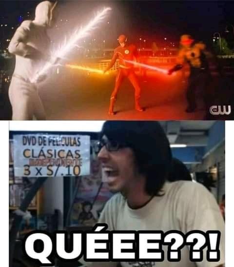 Contexto: los flash se pusieron a pelear con sables de luz al estilo Star Wars - meme