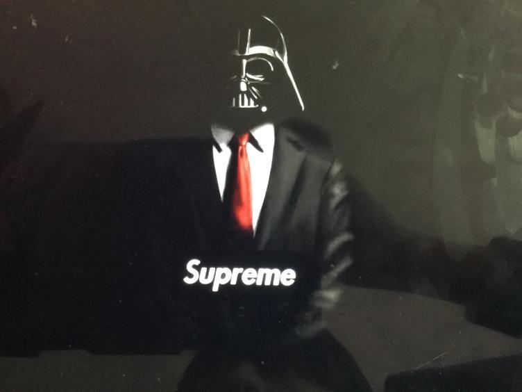 Dark Vader supreme - meme