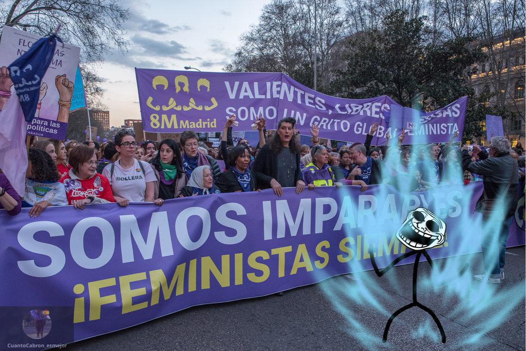La batalla contra las feministas continúa - meme