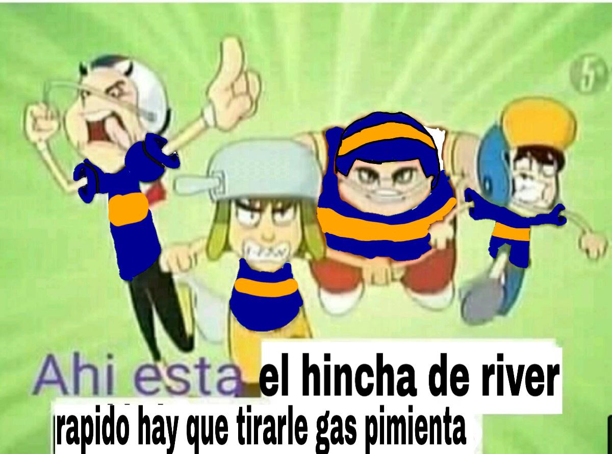 RAPIDO HAY QUE TIRARLE GAS PIMIENTA - meme